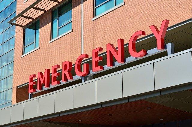 sídlo nemocnice – záchranné služby